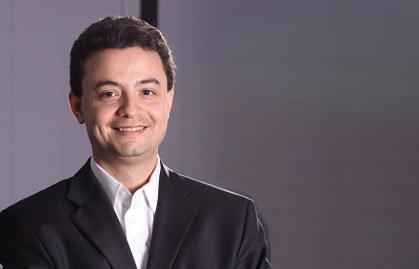 ESTANISLAU BASSOLS SE ALEJÓ DE SKY BRASIL, QUE BUSCA NUEVO CEO