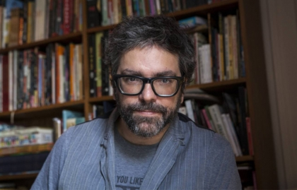 VIS SIGNS DEVELOPMENT AGREEMENT WITH CARTOONIST AND AUTHOR RICARDO SIRI LINIERS