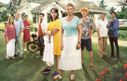 "TNT Series estrena las series ""The good karma hospital"" y ""Doctor milagro"""