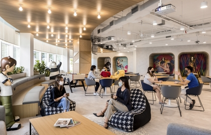 Warnermedia opens a new regional hub in Singapore