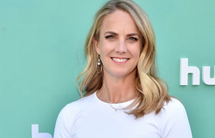 NBCUniversal appoints Kelly Cambell to president of Peacock