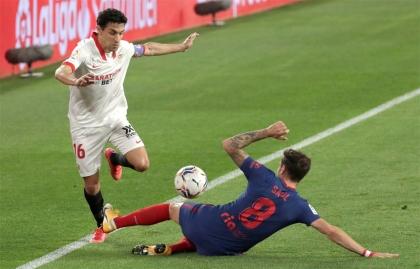 La CNMC marca las reglas de la licitación del futbol español